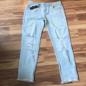 One Teaspoon Awesome Baggies boyfriend style jeans